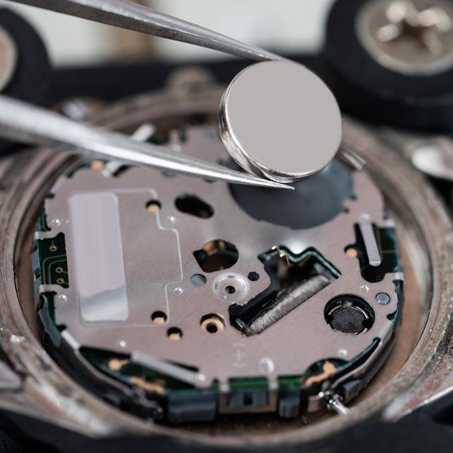 Watch-Battery-Replacement_Fotor